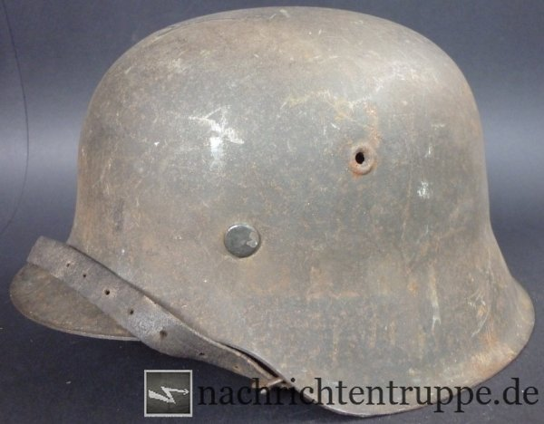Typical steel helmet M42, manufacturer qvl